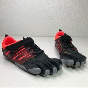 Vibram five fingers size 7.5-8 v train